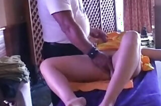 Make any MILF squirt Squirtinator shows how - 7:29