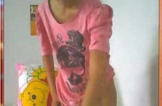 thai student on webcam - 18:22