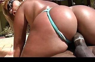 Brunna Bulovar gets her amazing brazilian fat ass pounded like it deserves - 5:22