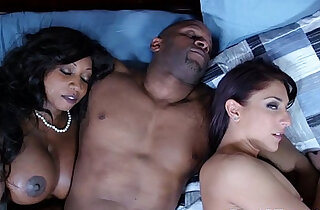Ebony housewife and friend cum swapping - 8:47