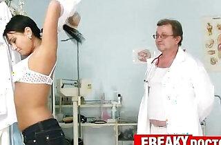 Czech babe Carmen Blue pussy spreader check up - 16:52