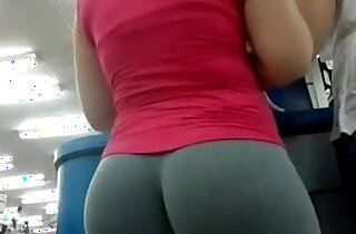 Candid Camera In Public Store Nice Ass In Tight Yoga Pants - 1:54