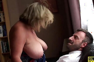 British bbw fingerfucked until squirting - 11:11