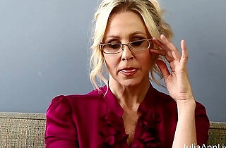 Bad teacher milf julia ann shows you how to get extra credit - 10:48