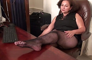 BBW milf gets naughty in fishnets - 6:26