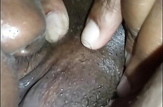 licks pussy squirts - 7:32