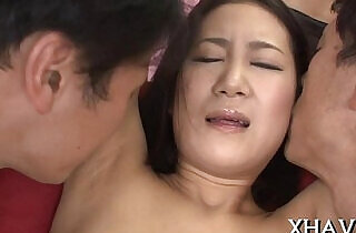 Japanese princess acquires wedgie with didlo - 5:08