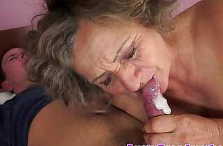 Chubby grandma orally pleasured - 6:33