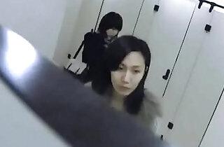 Chinese Girl Toilet Shanghai Metro City - 9:17