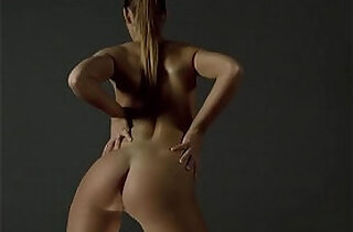 Brunette showing of her ass - 6:51