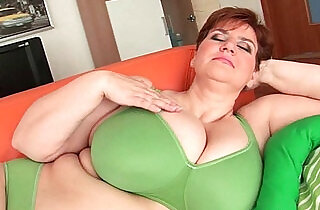 BBW granny gives her big tits and plump pussy a workout - 12:17