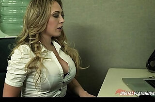 Blonde gives her boss her proposal and a quick fuck - 6:44