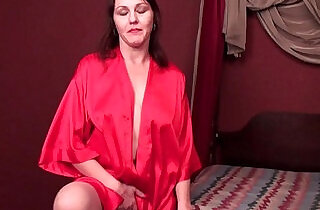 Horny soccer mom cuts open pantyhose and works her hairy cunt - 5:25